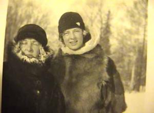 Image Ekaterine and Helen Hooker.